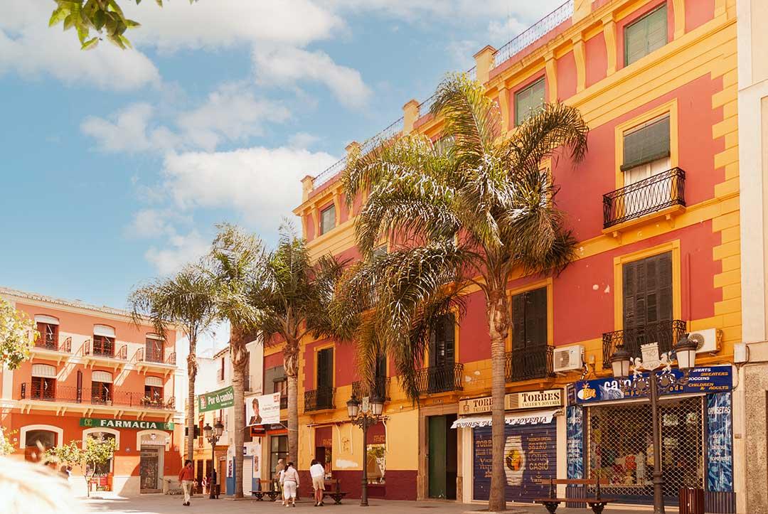 Plaza-Constitucion à Almuñecar